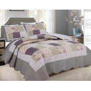 Full/Queen Size Quilt Set with Patchwork Prints